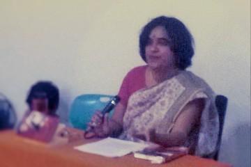 Ruth Vanita during the talk in Bangalore