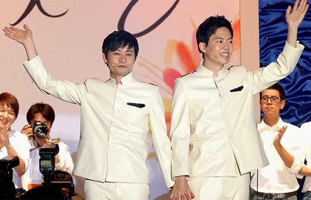 Kim Jho Gwang-soo and his partner Kim Seung-hwan