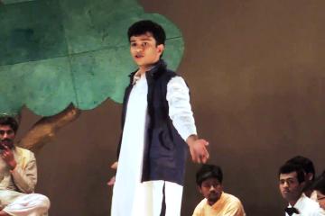 नाटक: 'आख़िर क्यों' में पंचायत का प्रसंग।