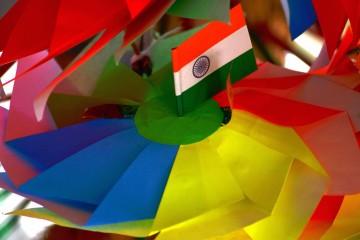 चुनाव की रंगारंग सरगर्मी में समलैंगिक अधिकारों की दखल?