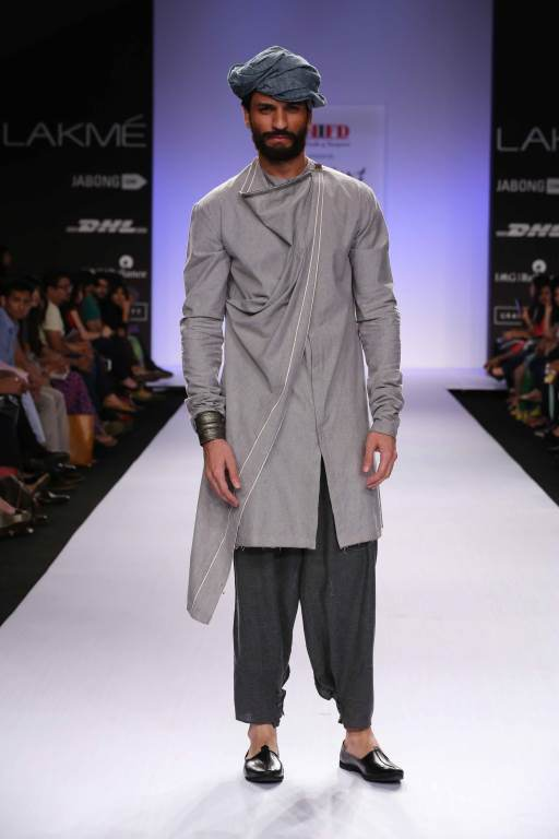 Pictures Courtesy : Lakme Fashion Week