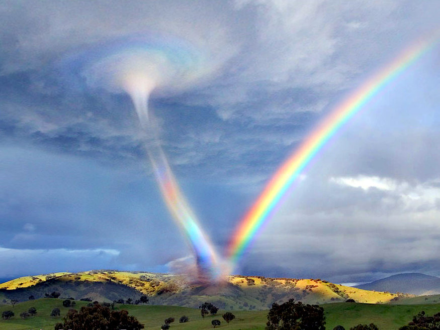 तूफ़ान और इन्द्रधनुष
