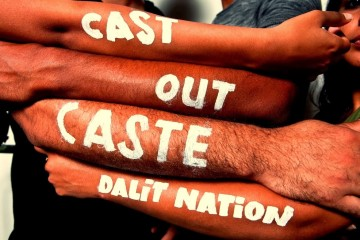 10889_sikh_feed_india_independence_caste_system