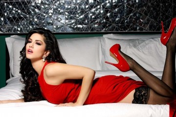 Sunny-Leone-Red-Top-HD-Wallpaper