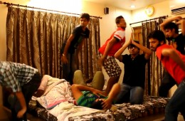 Bollywood mov ide Ragini MMS2 Bany Doll song