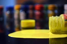 छलकाएं अपने असली रंग! तस्वीर: बृजेश सुकुमारन।